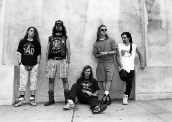 UNITED STATES - JANUARY 01:  Photo of FAITH NO MORE  (Photo by Ebet Roberts/Redferns)