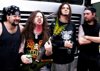 UNITED STATES - JANUARY 01:  OZZFEST  Photo of PANTERA  (Photo by Mick Hutson/Redferns)