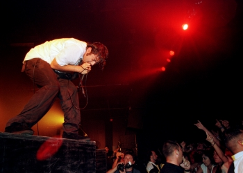 Kevin Virobik-Adams for aa-s. Chino Moreno, vocalist for the Deftones, sings to the sold out crowd at the Austin Music Hall Friday (7/28/00)